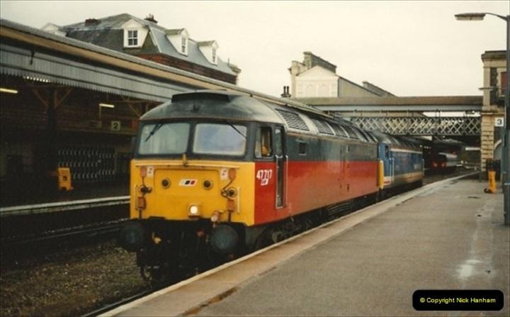 1992-11-21 Exeter St. Davids station, Exeter, Devon.  (32)691