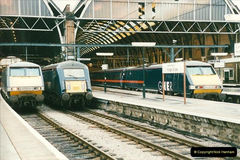 1998-01-06 Kings Cross, London.  (8)008
