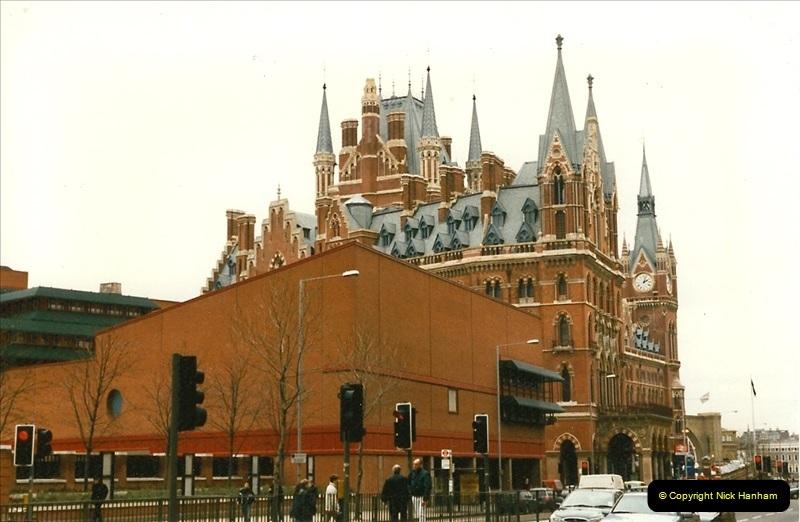 1998-01-06 St. Pancras, London.  (1)011