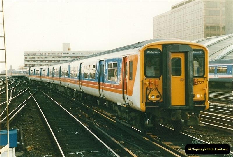 1998-03-28 Waterloo, London.  (10)053