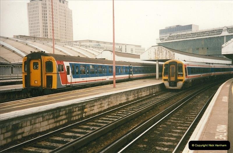 1998-03-28 Waterloo, London.  (17)060