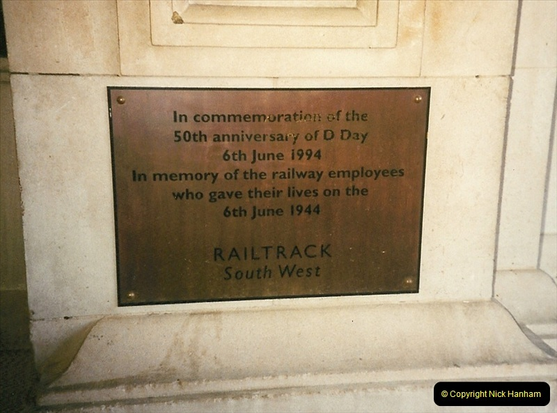 1998-03-28 Waterloo, London.  (20)063