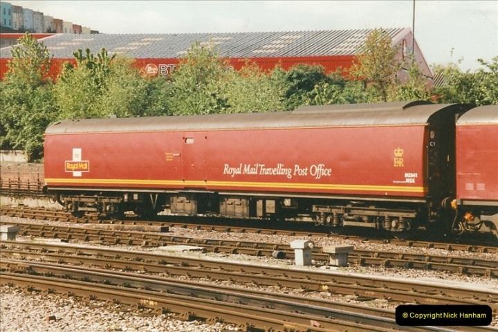 1999-04-24 Bristol Temple Meads, Bristol.  (17)120