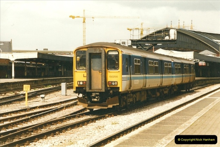 1999-04-24 Bristol Temple Meads, Bristol.  (28)131
