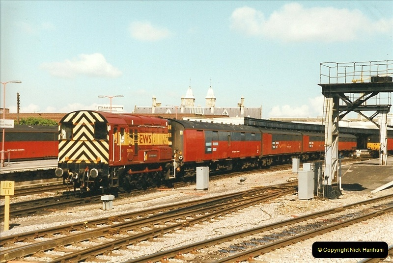 1999-04-24 Bristol Temple Meads, Bristol.  (53)156