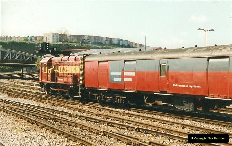 1999-04-24 Bristol Temple Meads, Bristol.  (55)158