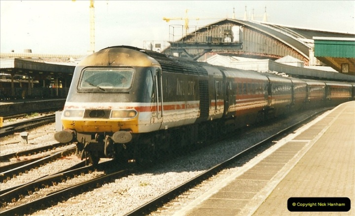 1999-04-24 Bristol Temple Meads, Bristol.  (63)166