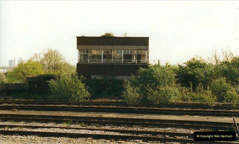 1999-04-24 Bristol Temple Meads, Bristol.  (78)181