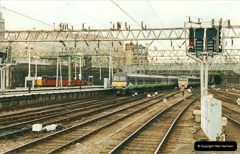 2000-01-14 London.  (16)213