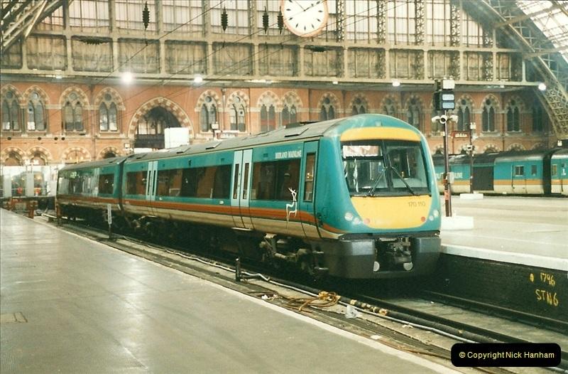 2000-01-14 London.  (18)215