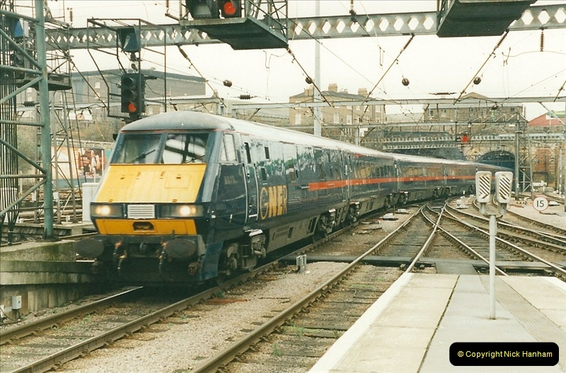 2000-01-14 London. (30)226