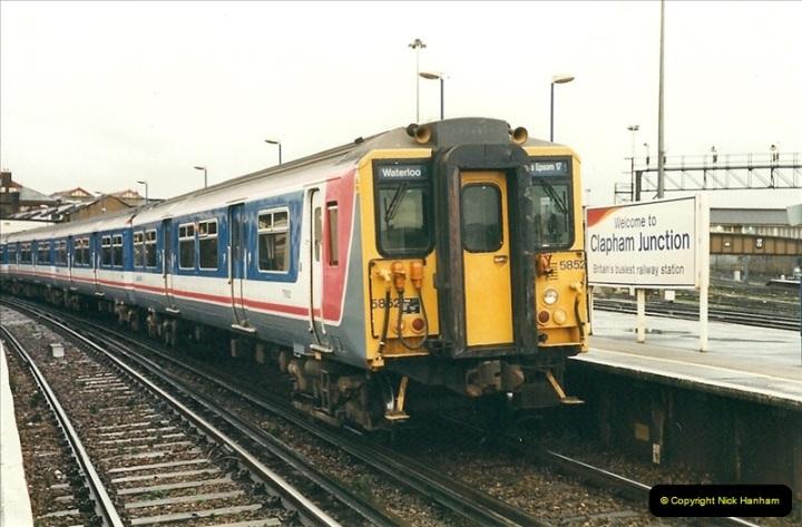 2000-02-08 Clapham Junction, London.  (6)233