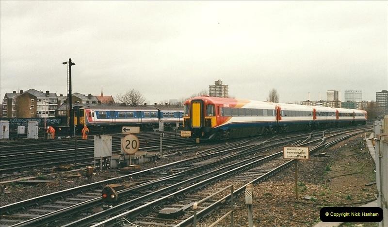 2000-02-08 Clapham Junction, London.  (10)237