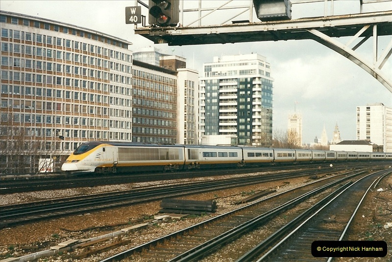 2000-02-08 Vauxhall, London.  (10)248