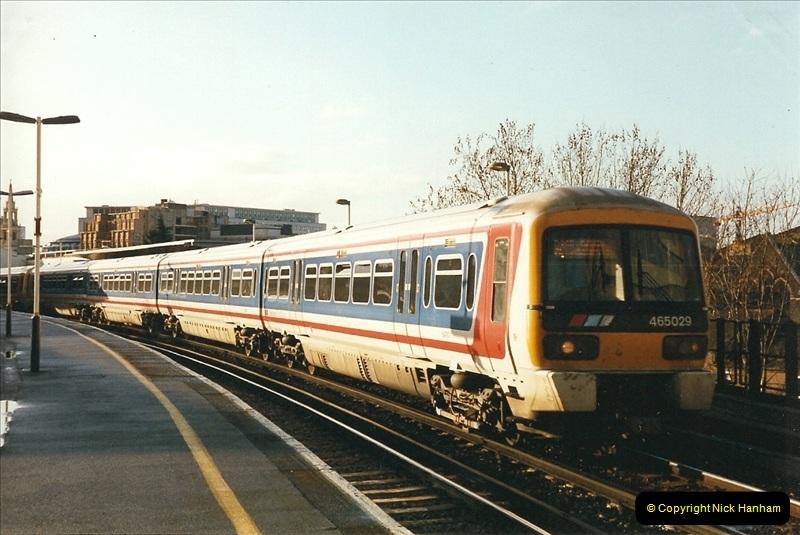 2000-02-09 London stations.  (15)265