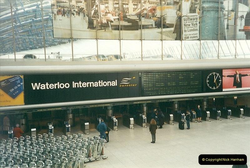 2000-02-09 London stations.  (23)273