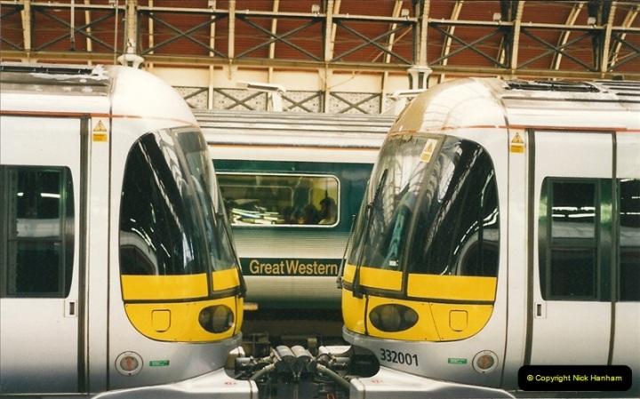 2000-04-04 London stations.  (7)286