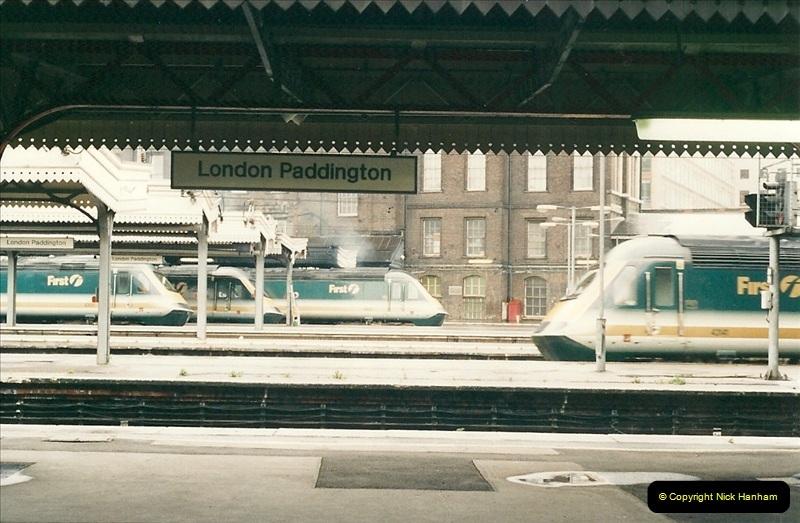 2000-04-04 London stations.  (24)303