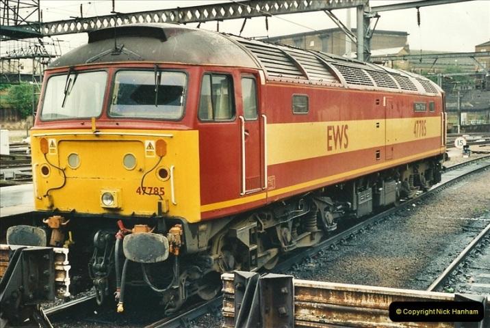 2000-04-04 London stations.  (50)329