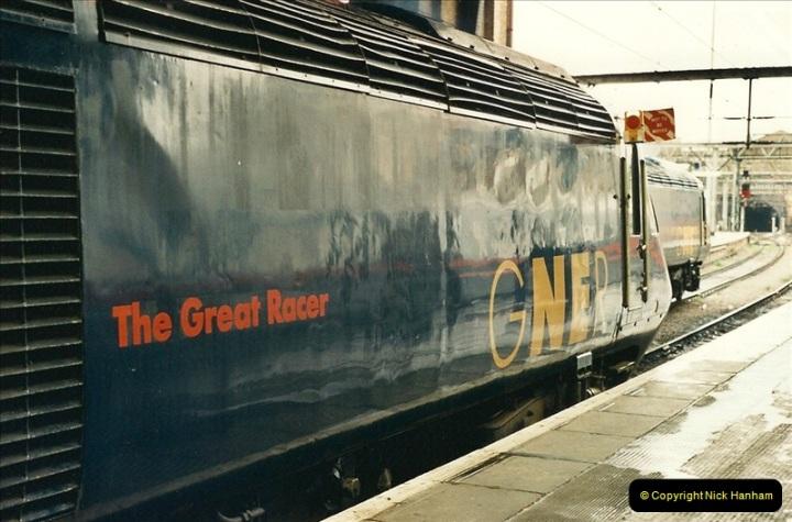 2000-04-04 London stations.  (61)340