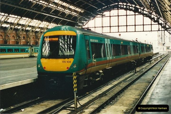 2000-04-04 London stations.  (65)344