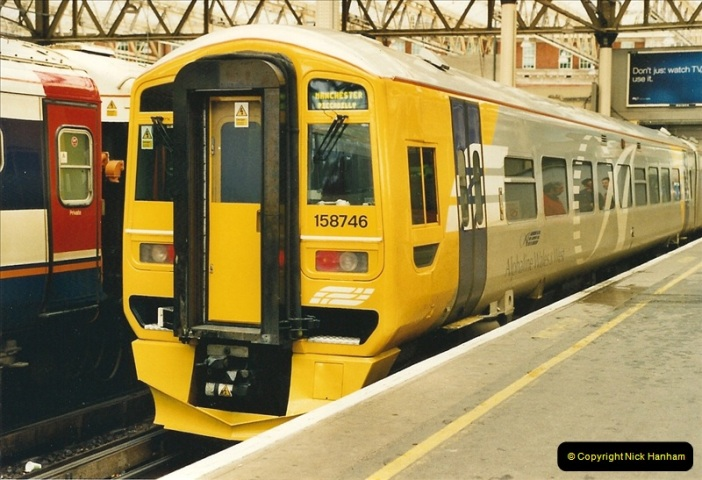 2000-04-04 London stations.  (68)347