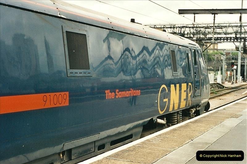 2000-04-25 London Kings Cross.   (13)369