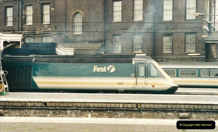 2000-05-03 London Paddington.  (23)405