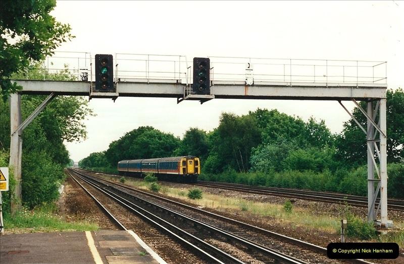 2000-06-11 Hook, Hampshire.  (5)416