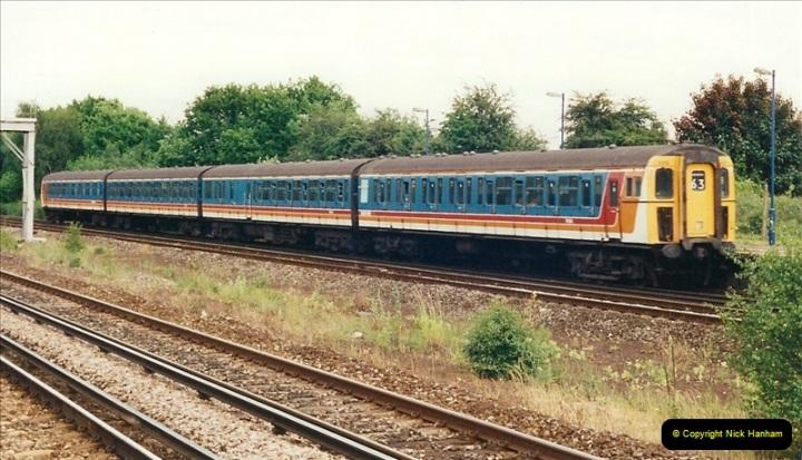 2000-06-11 Hook, Hampshire.  (11)422