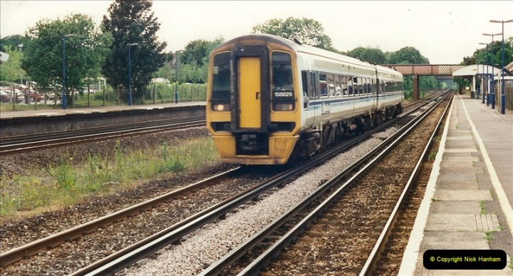 2000-06-11 Hook, Hampshire.  (14)425