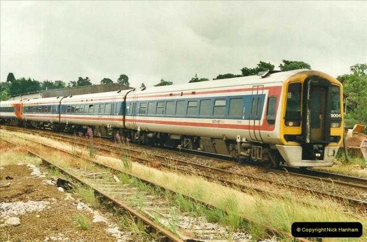 2000-06-21 Honiton, Devon.  (2)428