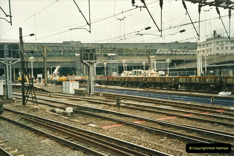 2000-07-22 to 23 London Euston  (23)444