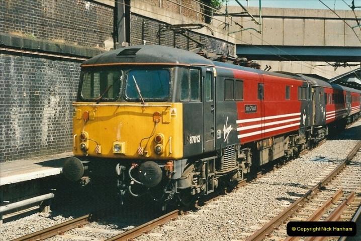 2000-07-22 to 23 London Euston (9)457