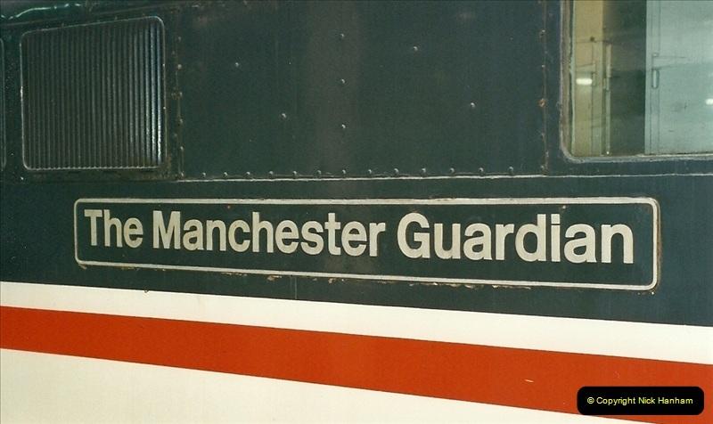 2000-07-22 to 23 London Euston.   (16)464