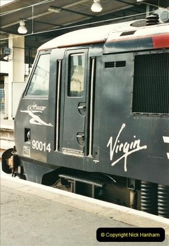 2000-07-22 to 23 London Euston.  (4)  468