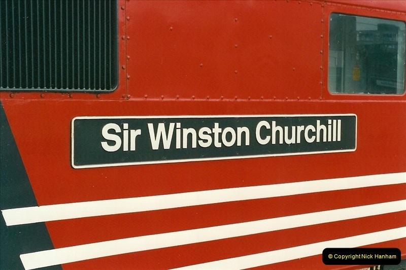2000-07-22 to 23 London Euston.  (10)  474