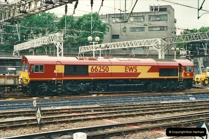 2000-07-22 to 23 London Euston.  (14)  478