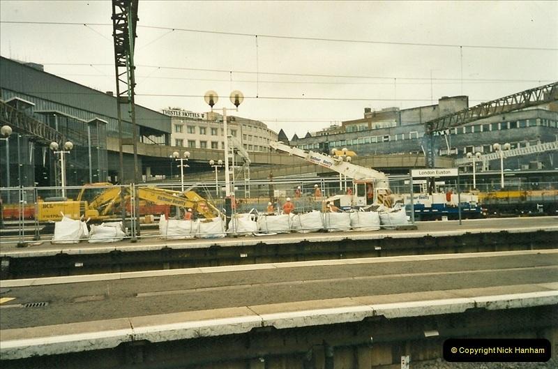 2000-07-22 to 23 London Euston.  (17)  481