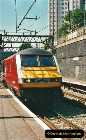 2000-07-22 to 23 London Euston.  (31)  495