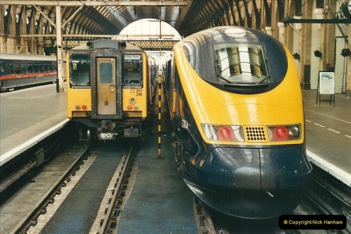 2000-07-22 to 23 London Kings Cross.  (1)501