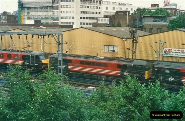 2000-07-23 to 30 West Coast main line @ Camden Town. (1)515
