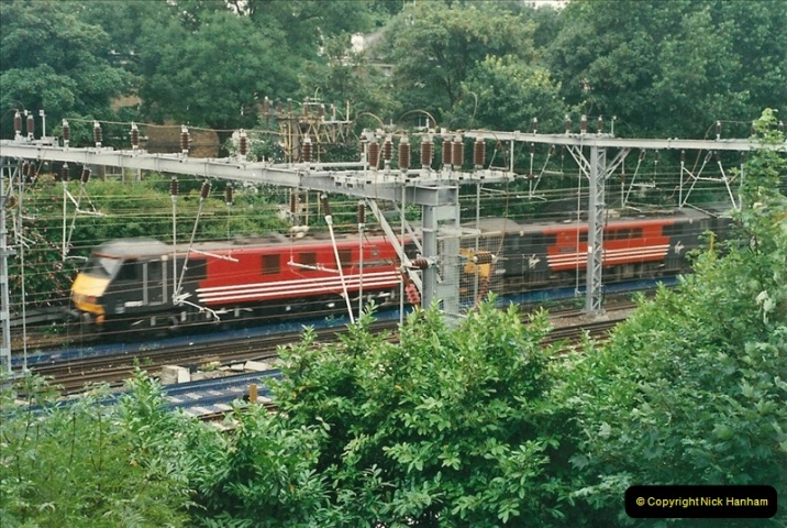 2000-07-23 to 30 West Coast main line @ Camden Town. (3)517