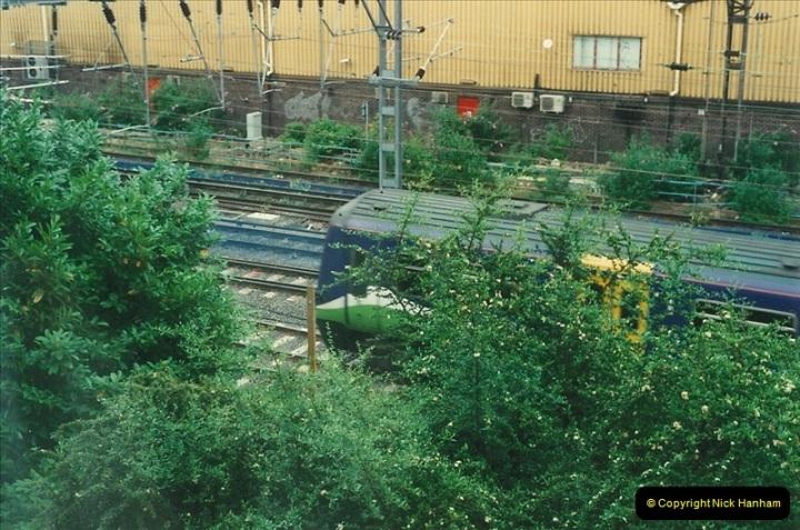 2000-07-23 to 30 West Coast main line @ Camden Town. (8)522
