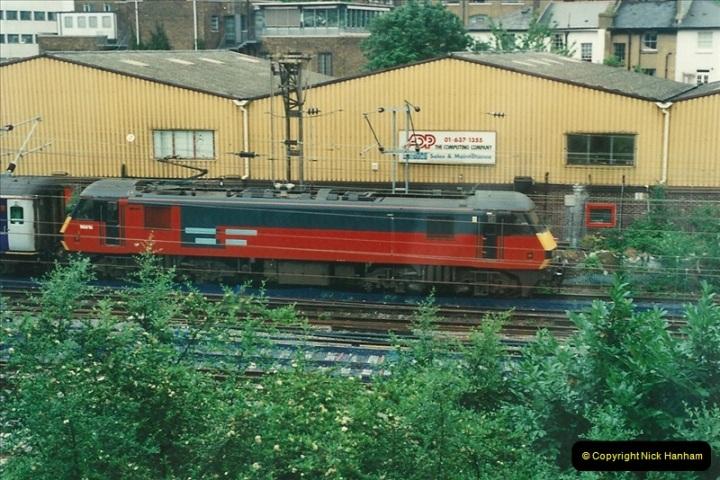 2000-07-23 to 30 West Coast main line @ Camden Town. (10)524