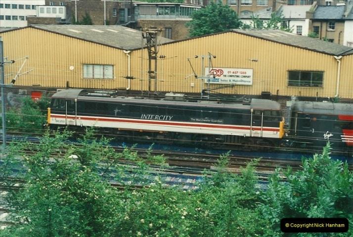 2000-07-23 to 30 West Coast main line @ Camden Town. (11)525