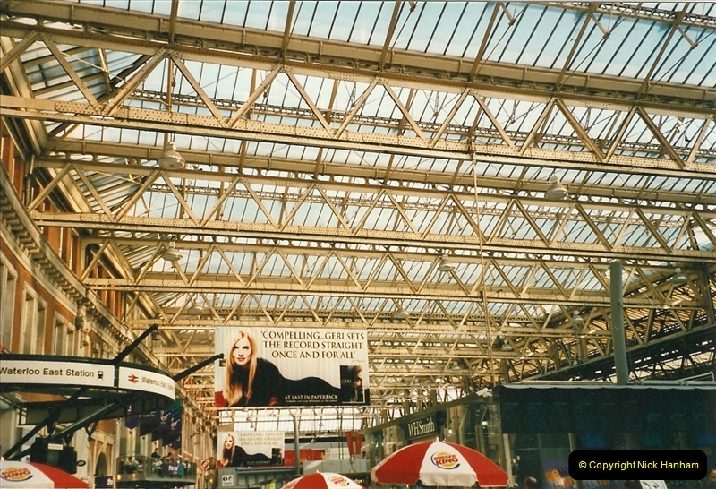 2000-09-12 London.  (4)529