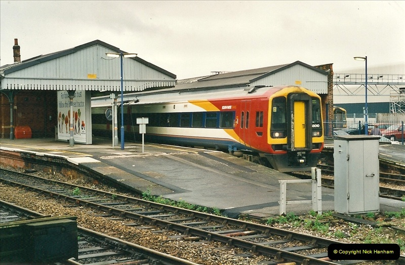 2000-10-21 Salisbury, Wiltshire (17)548