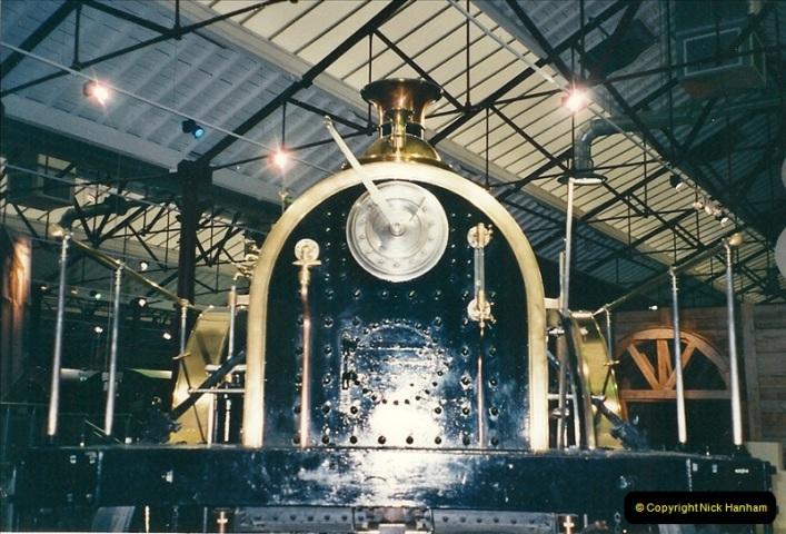 2000-11-08 Steam Museum, Swaidon, Wiltshire.  (23)576