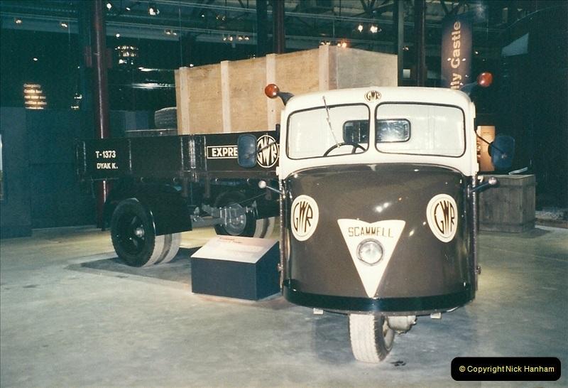 2000-11-08 Steam Museum, Swaidon, Wiltshire.  (28)581